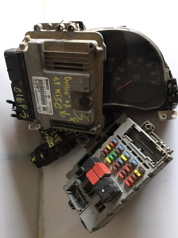 Centralina Motore 0281012865 Fiat Doblo 1900 MJT, Centralina Body 51769367, Quadro Strumenti 51762258